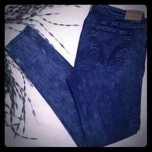 ❤Hollister Straight Leg Stretch Jeans